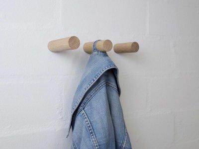 Garderobenhaken STABS aus Eiche von kommod