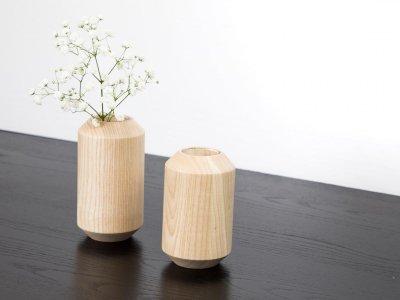 Holzvasen TAKKS von kommod Detail
