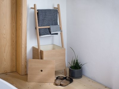 LOKKS ladder-shelf
