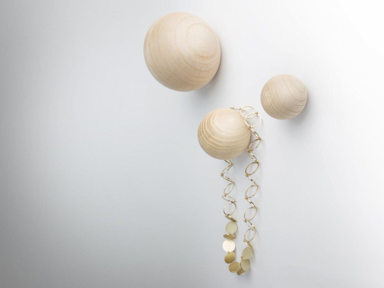 Coat Hanger Balls Wall Hooks Made Of Ash Wood Kommod